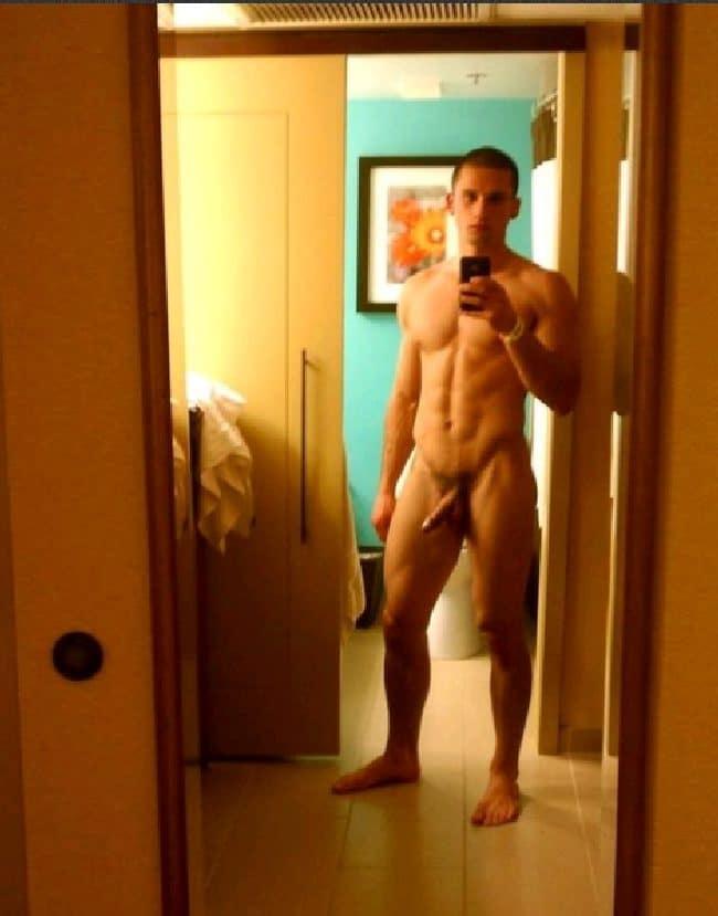 Hunk Nude Selfie