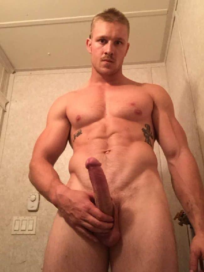 Sexy Nude Hunk